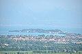 Sirmione dalla torre di San Martino della battaglia - panoramio.jpg