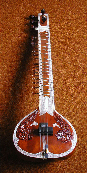 English: photo of miraj sitar