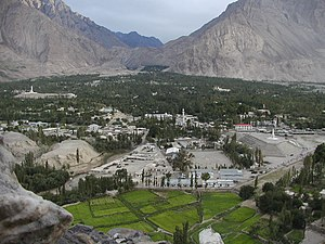 Skardu Fort - Image: Skardu From Fort 1175
