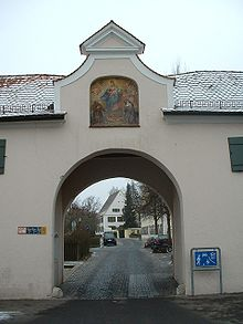 Soeflingen Abbey, gate 03.JPG