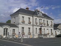 St-Martin-le-Beau mairie.jpg