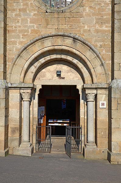 File:St-Privat-d'Allier-Eglise-dpt-Haute-Loire-DSC 0256.jpg