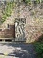 St. Georg und der Drache, Relief in Neuleiningen.JPG