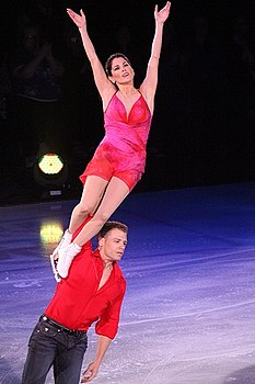 Stars on Ice 2010 in Halifax (11).jpg