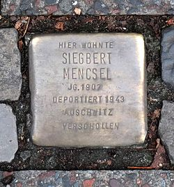 Photo of Siegbert Mencsel brass plaque