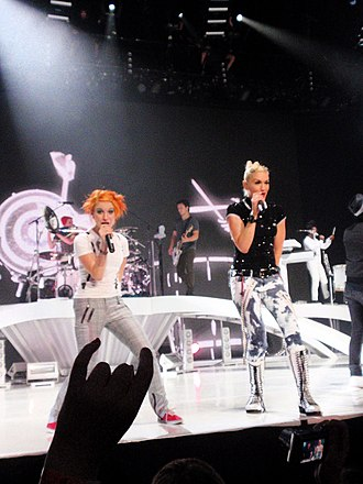 2009 Summer Tour - No Doubt and Paramore performing in Vancouver.
