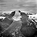 Sun Glacier, Calving Ice Shelf terminus, July 24, 1964 (GLACIERS 1701).jpg