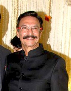 Suresh Oberoi - Suresh Oberoi at Vivek Oberoi's wedding reception