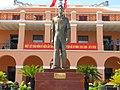 Tượng Nguyễn Ái Quốc - Nguyễn Tất Thành - Nhà tưởng niệm Bến Nhà Rồng.JPG