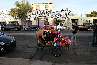 Day of the Dead float, Pima County Public Library, 2009 procession TPPL Day of Dead float, 2009.jpg