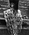 Teppe av sammensydde skalleskinn av reinsdyr. Abraure 1948 - Norsk folkemuseum - NF.05116-143.jpg