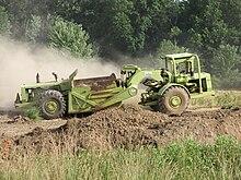 motorscraper o ruspa 220px-TerexTS14bScraper