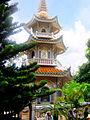 Tháp Hòa thượng khai sơn chùa Vạn Linh.jpg
