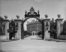 The Breakers gate in 1899