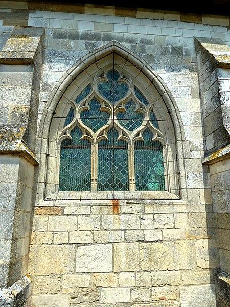 Thieblemont-Faremont Eglise fenetre P1060675