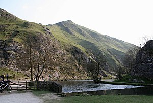 The scenic Derbyshire that attracts tourists ThorpeCloud.jpg