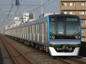 Tokyo Metro 15000 series - Set 15102 approaching Minami-Gyōtoku Station in October 2010