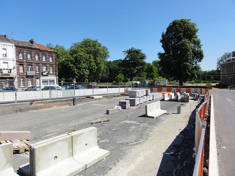 État des travaux au 23 juillet 2012 sur la branche de Vieux-Condé de la ligne B du tramway de Valenciennes, dans les communes de Valenciennes, Anzin, Bruay-sur-l'Escaut, Escautpont, Fresnes-sur-Escaut, Condé-sur-l'Escaut et Vieux-Condé.