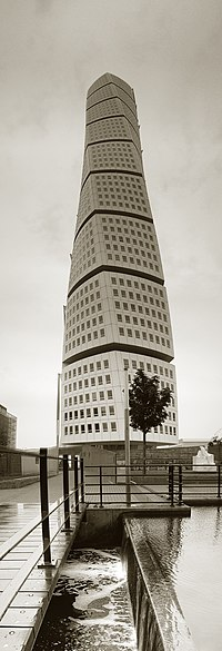 Turning Torso Panorama.jpg