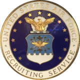 Exemplo do distintivo de recrutador da Força Aérea, por volta de 1985/86