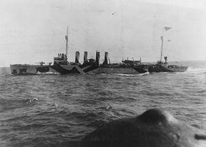 USS Craven (DD-70) - Image: USS Craven (DD 70) underway in November 1918 (19 N 16455)