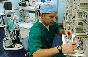 NHA TRANG, Vietnam (June 20, 2008) Cmdr. Trent...