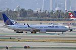 United Airlines, Boeing 737-924(ER)(WL), N38424 - LAX (18652443828).jpg