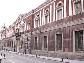 Universidad Central e Instituto Cardenal Cisneros.jpg