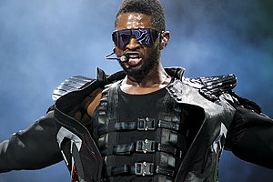 English: Usher @ Toyota Center - Houston, TX O...