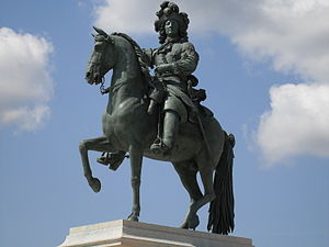 History of the Palace of Versailles - Statue of Louis XIV in Versailles