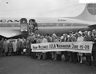 United Cities and Local Governments - Pan Am welcomes a delegation of 10 mayors from the Netherlands (June 1961)