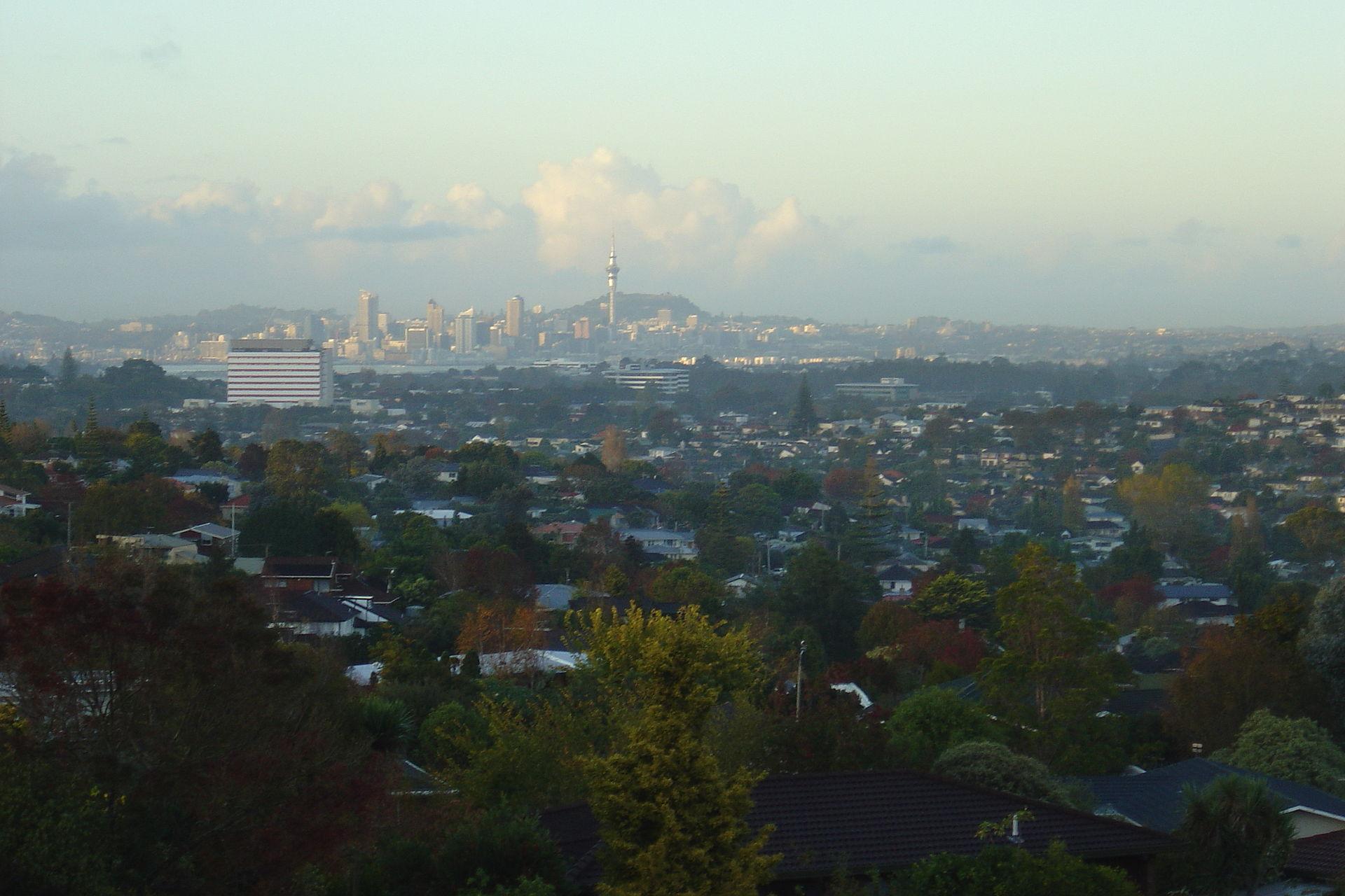 New Zealand Wikipedia: North Shore, New Zealand