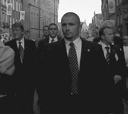 State Security bodyguards surround Viktor Yushchenko (far left) in Gdańsk, 2004. - President of Ukraine