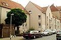 Viktoriastraße 25, 24, 23 Hannover Linden-Nord, neugebaute Wohngebäude, Sieger im niedersächsischen Landeswettbewerb Bauen und Wohnen in alter Umgebung 1983, Blick von.jpg