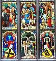 Viktring Stirftskirche gotisches Glasfenster Mitte unten 05052011 777.jpg