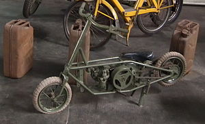 Villiers Engineering - Villiers Junior, a folding military welbike motorbike of WW2 era
