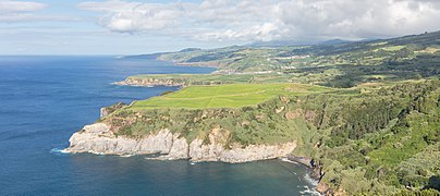 Vista desde el mirador de Santa Iria, isla de San Miguel, Azores, Portugal, 2020-07-29, DD 105.jpg