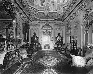 Ravenscrag, Montreal - The drawing room at Ravenscrag, 1911