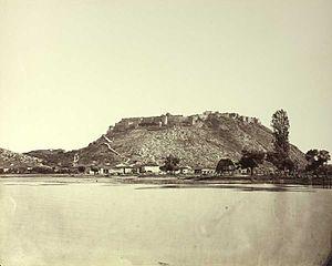 Siege of Shkodra - Object of the siege: an ancient Albanian citadel on the Bojana River