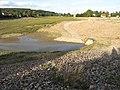 Vypuštěný Holoubkovský rybník, odtok.jpg