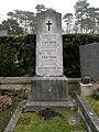 W13-FriedhofHietzing Carl Stein Gr4Nr1.jpg