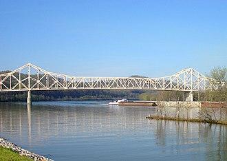 Hi Carpenter Memorial Bridge - Image: WV Pleasants St. Marys 08 109 edit