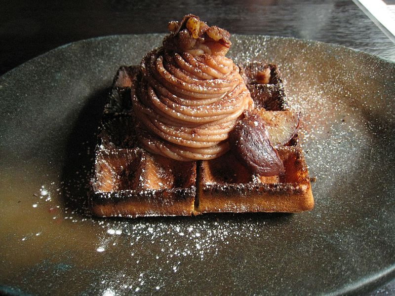 File:Waffle dessert.jpg