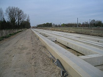 Cambridgeshire Guided Busway - Concrete beam construction of the main busway route. An estimated 6,000 to 7,000 concrete beams were made for the busway.