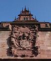 Wappenmauer Schloss Johannisburg (Ausschnitt).jpg