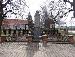 War memorial Hemleben 1.JPG