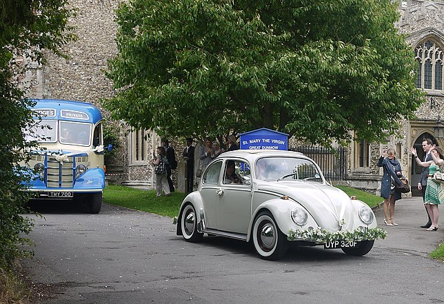Wedding transport, St Mary The Virgin Church, Great Dunmow, Essex, 25 June 2011.jpg