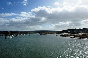 Western Yar - The Western Yar from the Yar Bridge at Yarmouth.