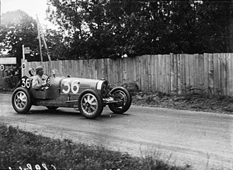 William Grover-Williams - William Grover-Williams in 1929 Le Mans, Grand Prix A.C.F. driving Bugatti Type 35