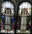 Witraże w prezbiterium kościoła w Rozlazino.jpg